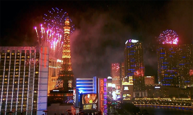 Thousands of fireworks light up Las Vegas sky